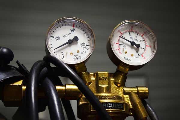 Détendeur avec mano haute pression, et mano pression d'utilisation